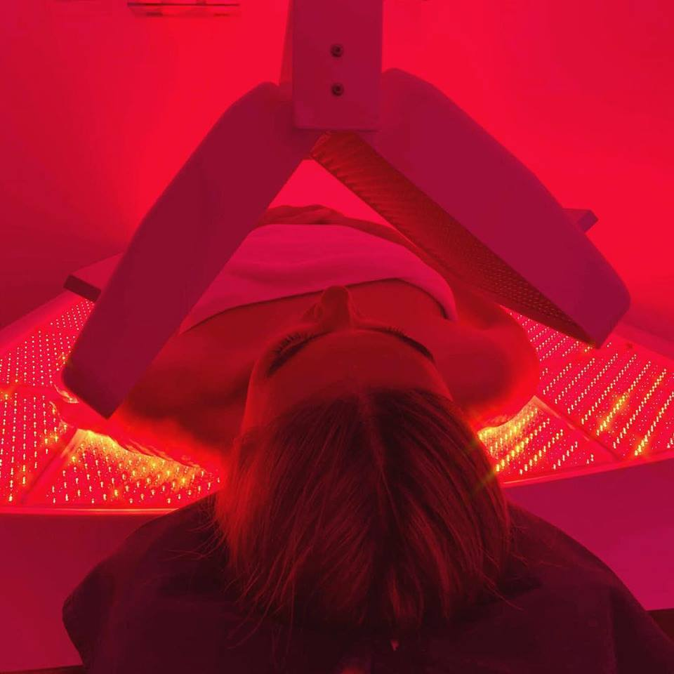 The Effects of Red Light Therapy on The Face